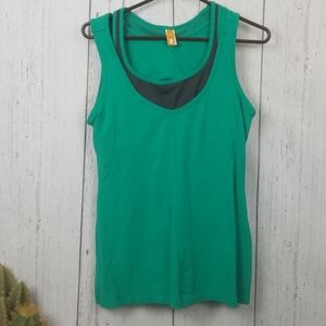 Lucy workout tanktop with bra size large
